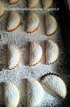 Italian Cookie Recipes, Italian Cookies, Italian Desserts, Mini Desserts, Biscotti Biscuits, Biscotti Cookies, Sweet Recipes, Cake Recipes, Creative Food