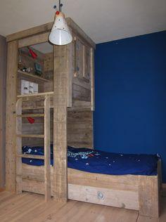1000 images about half hoogslaper on pinterest met bureaus and bunk bed - Mezzanine jongen ...