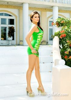 Gorgeous Russian Women:Oksana_from_Odessa_Ukraine - CharmDate.com