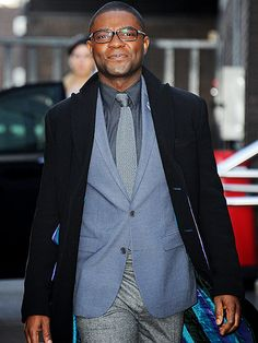 Star Tracks: Thursday, January 29, 2015   HERE & NOW   Selma star David Oyelowo happily strolls through the streets of London on Thursday after a stop by the ITV Studios.