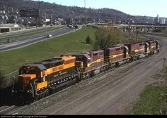 RailPictures.Net Photo: GN 400 Great Northern EMD SD45 at Duluth, Minnesota by Dave Schauer