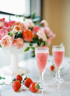 12 ways to pimp your prosecco | Sylvie and Joan | Wedding drinks ideas| Champagne and strawberry sorbet SMP