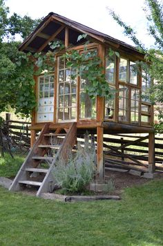 "La Maison Boheme: Spirit House Made With Recycled Windows, ""greenhouse"" Outdoor Sheds, Outdoor Rooms, Outdoor Living, Cat House Outdoor, Outdoor Office, Outdoor Screens, Outdoor Patios, Recycled Windows, Reclaimed Windows"