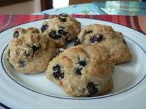 Low fat, Low calorie Blueberry Drop Scones - added a lemon glaze of ...
