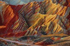 Разноцветные скалы Чжанъе Данься (Zhangye Danxia)