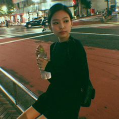 Jennie Kim of Blackpink Kpop Girl Groups, Korean Girl Groups, Kpop Girls, Kim Jennie, Forever Young, Blackpink Photos, Pictures, Blackpink Fashion, Daily Fashion