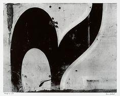 AARON SISKIND. Chicago 30. 1949. Gelatin silver print.