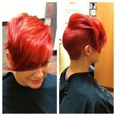 Here, we love hair! Short Sassy Hair, Short Hair Cuts, Short Hair Styles, Love Hair, Gorgeous Hair, Look Short, My Hairstyle, Funky Hairstyles, Hair Dos