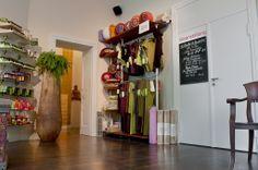 In unserem Yoga-Shop werden alle Yogis und Yogins allerlei Schönes finden. Wir freuen uns auf Euch!