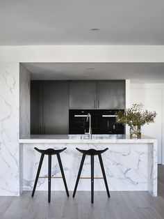 Interview with Tecture Director Ben Robertson Apartment Design, Apartment Living, York Apartment, Apartment Ideas, Interior Design Kitchen, Kitchen Decor, Kitchen Tips, Kitchen Ideas, Richmond Apartment