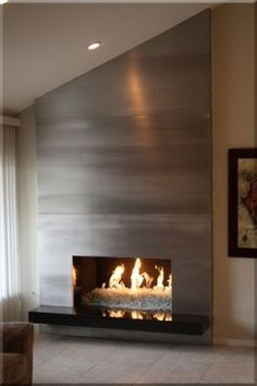 Good Pictures Contemporary Fireplace makeover Tips Modern fireplace designs can cover a broader category compared for their contemporary counterparts. Fireplace Accent Walls, Metal Fireplace, Linear Fireplace, Fireplace Hearth, Home Fireplace, Fireplace Remodel, Fireplace Surrounds, Fireplace Ideas, Farmhouse Fireplace