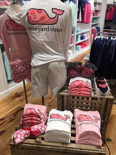 Love is in the air at Preppy Southern, Southern Shirt, Southern Marsh, Southern Tide, Simply Southern, Southern Prep, Preppy Outfits, Preppy Style, Winter Outfits