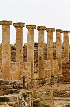 The whole town of Paphos is included in the official UNESCO list of cultural and natural treasures of the world heritage. Places Around The World, Travel Around The World, Around The Worlds, Ancient Ruins, Ancient Greece, Bósnia E Herzegovina, Places To Travel, Places To Visit, Cyprus Holiday