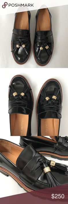 Stuart Weitzman oxfords Timeless classic. SW leather oxfords. Tassels. Rubber/wood soles. In original box. NWT. Stuart Weitzman Shoes Flats & Loafers
