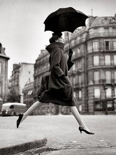 martin munkacsi fashion photography | FASHIONNOIHSAF.: Martin Munkacsi and Richard Avedon.Both photographers ...