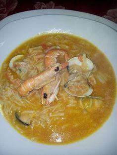 Sopa de mariscos Seafood Recipes, Soup Recipes, Cooking Recipes, Healthy Recipes, Healthy Food, Winter Soups, Spanish Food, Spanish Recipes, Curry