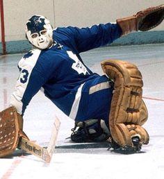 Women's Hockey, Hockey Games, Bernie Parent, Goalie Mask, Wayne Gretzky, Cool Masks, Masked Man, Nfl Fans, National Hockey League