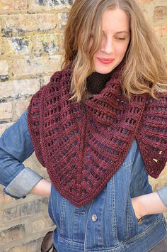 knitted shawl Colonnade by Stephen West