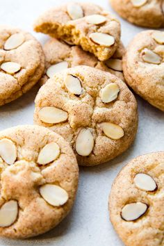 Sweet cinnamon sugar cookies topped with sliced almonds to make adorable little beach sand dollars! Cinnamon Sugar Pecans, Cinnamon Sugar Cookies, Pecan Cookies, Almond Cookies, Cookie Desserts, Cookie Recipes, Sand Dollar Cookies, Delicious Desserts, Yummy Food