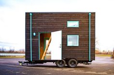 bunk-box-tiny-house-second-door-open