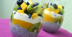 Anula in the kitchen: Chia dessert with mango, blueberries and kiwi Mini Desserts, Delicious Desserts, Dessert Recipes, Yummy Food, Kiwi, Easy Healthy Smoothie Recipes, Low Calorie Breakfast, Just Cakes, Slow Food