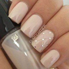.Loving the nude/ taupe nails with hint of glitter glamour