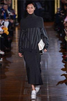 Sfilata Stella McCartney Paris - Collezioni Autunno Inverno 2013-14 - Vogue