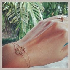 """First Jewel in Thaïland!!! #onewordonejewel #word #peace #jewel #bracelet #gold #handmade #naguykashanejewelry #followus"