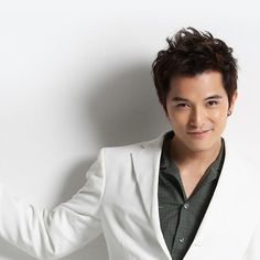 Marry Me or Not star Roy Chiu shares thoughts on love and romance