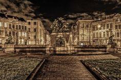 Meer details over deze foto op http://www.pixelfan.be/foto/lambermont-at-night/