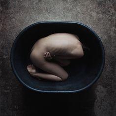 Darkly Seductive Nude Photography by Funnylens