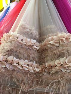 Melocotón tela de encaje de color rosa con flores en 3D, tela de encaje de novia, vestido de tela de encaje de alta costura con 3D flores y plumas en   de   en AliExpress.com | Alibaba Group