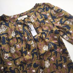 NWT Ann Taylor LOFT Blouse Feminine and flirty yet professional, wear this blouse to work or date night. Perfect condition, worn only for these pictures. XS but could fit a small. FINAL PRICE!! LOFT Tops Blouses