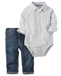 Complete with classic denim and a poplin button-front bodysuit, this 2-piece set is perfect for picture day.