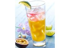 Limette, Granatapfel und Maracuja im Mix