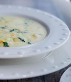Olive Garden Chicken Gnocchi Soup (Copycat) - Carrie's Experimental Kitchen