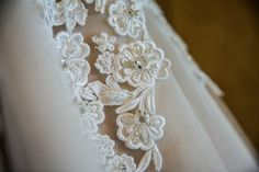 Dress detail  |  Lauryn Reifinger Photography