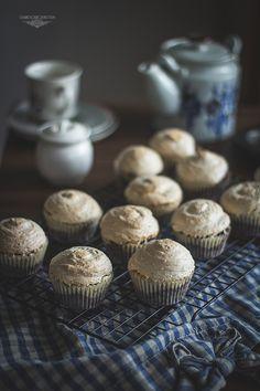 Chocolate coconut meringue muffins