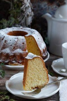 Kókuszos kuglóf recept French Toast, Recipies, Breakfast, Bundt Cakes, Food, Beautiful, Recipes, Morning Coffee, Essen