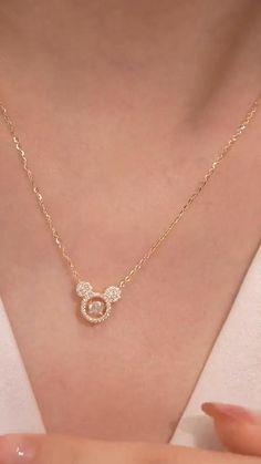 Black Diamond Jewelry, Gold Jewelry Simple, Stylish Jewelry, Jewelry Ads, Bow Jewelry, Cute Jewelry, Gold Chain Design, Gold Jewellery Design, Bracelet Designs