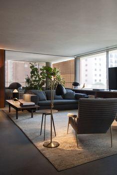 Living Room Interior, Home Living Room, Living Room Decor, Sala Grande, Interior Decorating, Interior Design, Mid Century House, Diy Room Decor, Home Decor