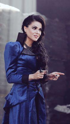Regina Mills/ the Evil Queen/ Lana Parilla