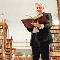Diccionarios, ante el futuro; 300 años de la Real Academia Española