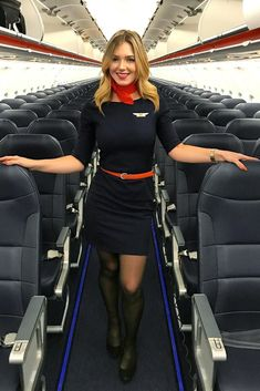 Who doesn't love a woman in uniform? These flight attendants command attention on the aircraft and are pros at the position. Flight Attendant Hot, Airline Attendant, Flight Girls, Airline Cabin Crew, Female Pilot, Pantyhose Legs, Nylons, Black Stockings, Attendance