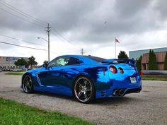 Blue chrome GT-R. I like it!