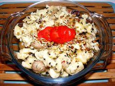 Der schnellste Kartoffelsalat von Welt. Möglich macht es ein guter Tropfen aus dem Sortiment vonDie Genusswelt: Tomate auf Olivenöl. Kombiniert mit italienischem Kräutersalz braucht der Salat eigentlich nur noch eins: Kartoffeln und Zwiebeln. Ok, ich habe noch Oliven, eingelegte Artischocken und frischen Knoblauch dazu gegeben. Das ist dann sozusagen die Premium-Version. Das Öl ist so saugut (´tschuldigung), das braucht eigentlichnur ein paar Pellkartoffeln und etwas Salz. Wenn es mal ganz…