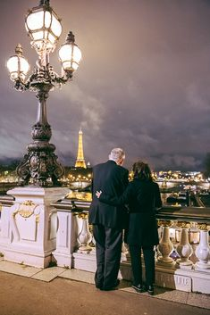 The most touching proposal you've ever seen Paris Photos, Proposal, Louvre, Photoshoot, Touch, Photo Shoot, Photography