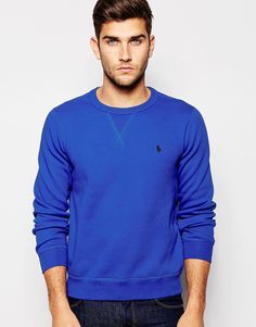 "Sweatshirt by Polo Ralph Lauren Fleece-back sweat Crew neck Embroidered logo Ribbed trims Regular fit - true to size Machine wash 67% Cotton, 33% Polyester Our model wears a size Medium and is 188cm/6'2"" tall"