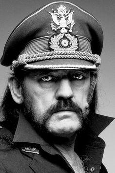 R.I.P. Lemmy Kilmister (Motorhead) You'll always be that old, rock'n'roll badass…