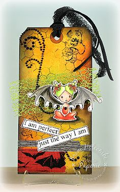 Eclectic Paperie: Distress Halloween Tag by Broni Holcombe